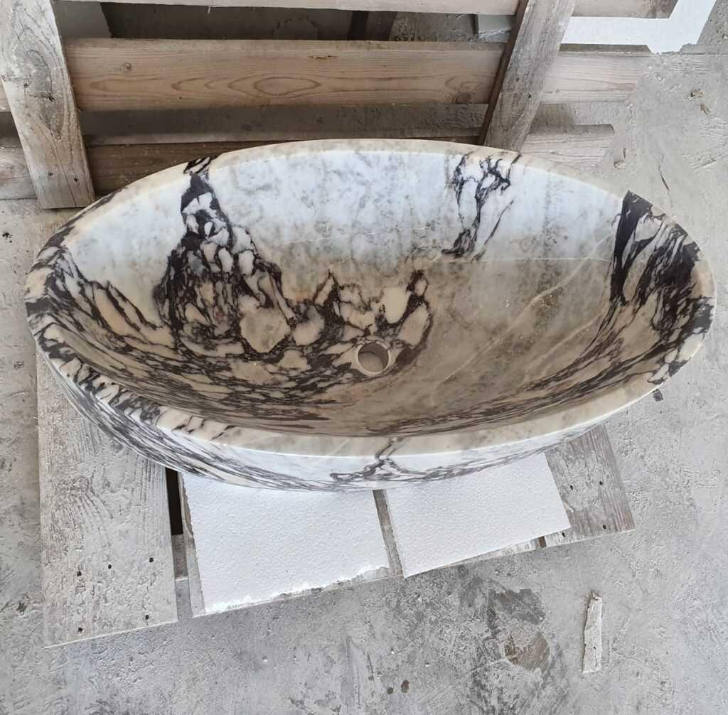 Изделия из камня на заказ для интерьера вашего дома